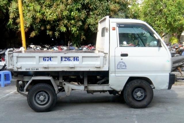 Trộm xe máy để làm phương tiện đi trộm ô tô tải - 2