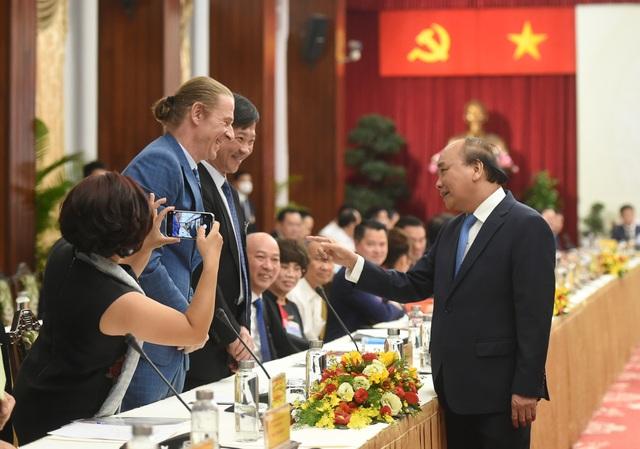 Thủ tướng Chính phủ đối thoại với giới tinh hoa, trí thức, doanh nhân - 2