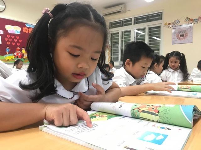 Những vấn đề nóng giáo dục tuần qua: Tiếng Hàn, tiếng Đức gây xôn xao - 1