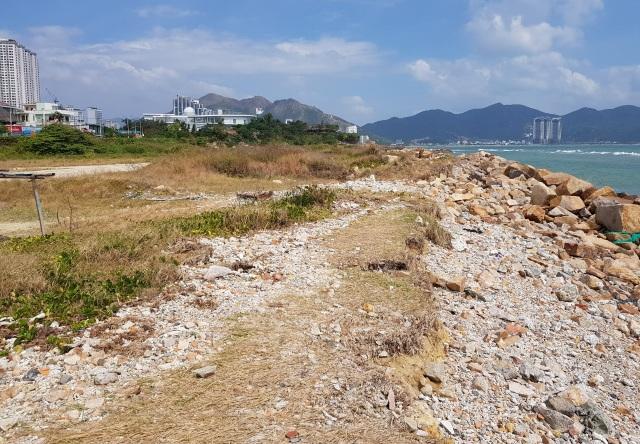 Đất vàng triệu đô ven biển Nha Trang bỏ hoang nhiều năm - 3