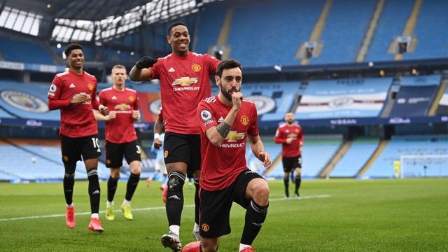 Man Utd chặt đứt mạch toàn thắng 21 trận của Man City - 5