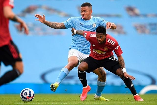 Man City 0-2 Man Utd: Đòn knock-out chớp nhoáng - 9