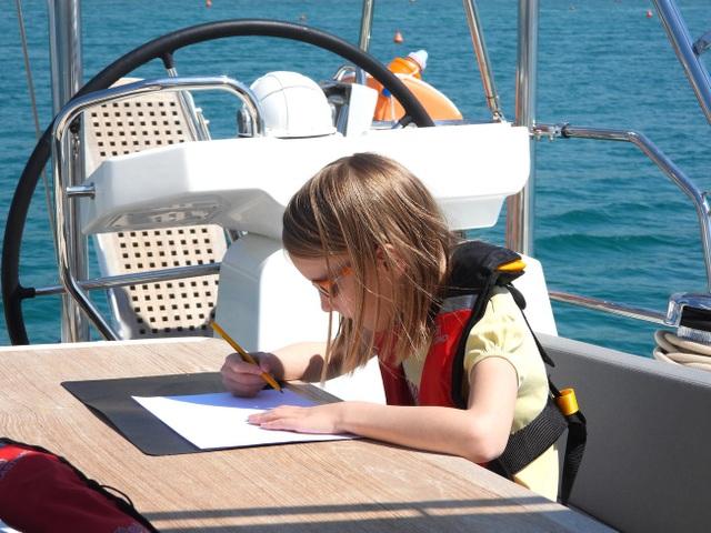 Gia đình bán hết gia tài mua thuyền, quyết lênh đênh du lịch trong 5 năm - 6