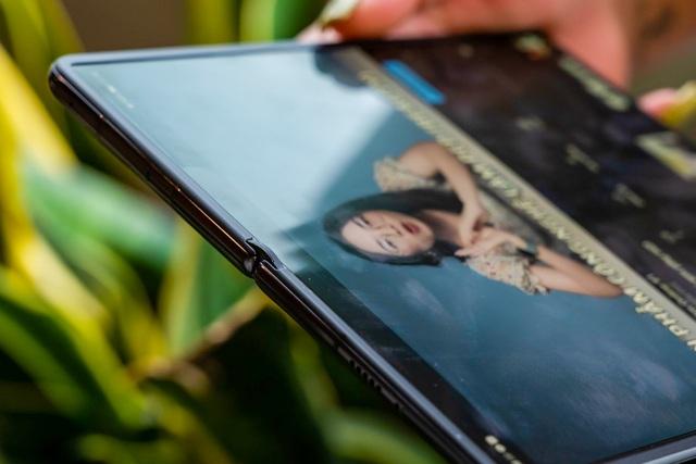 Huawei Mate X2 về Việt Nam, giá 100 triệu đồng - 9