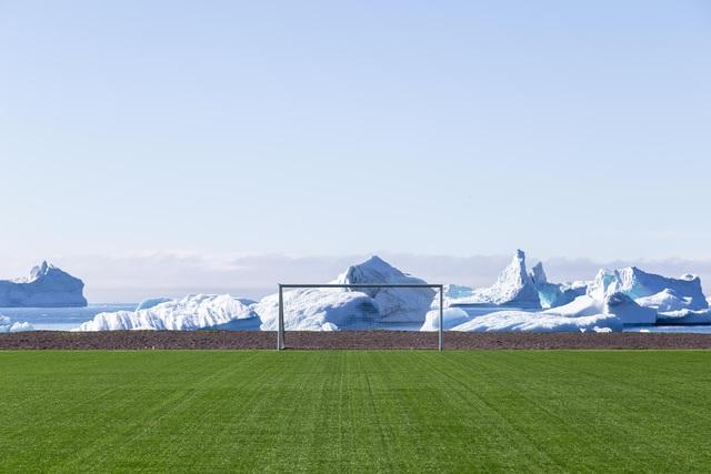 Giải bóng đá kỳ lạ nhất thế giới: Mùa giải kéo dài... 7 ngày - 7