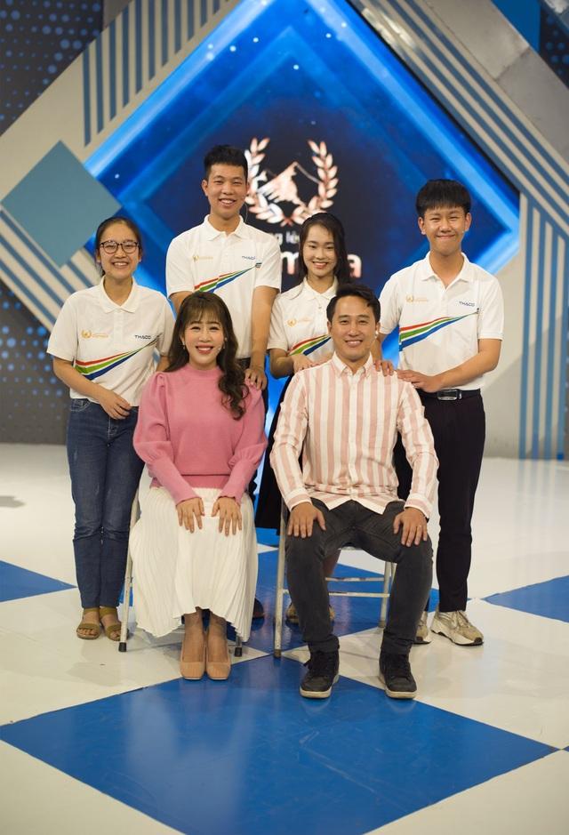 Nữ sinh cùng trường với Siêu trí tuệ Hà Việt Hoàng gây sốt Olympia - 10