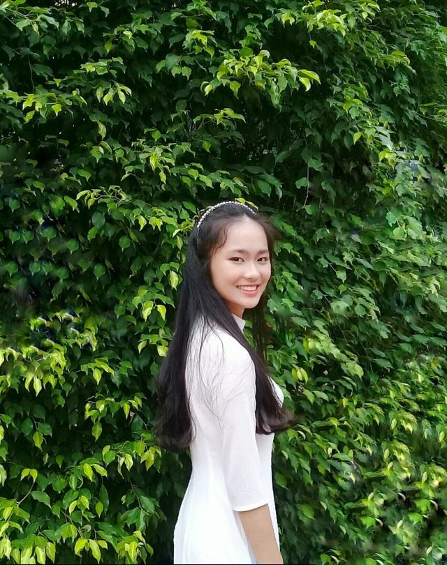 Nữ sinh cùng trường với Siêu trí tuệ Hà Việt Hoàng gây sốt Olympia - 7