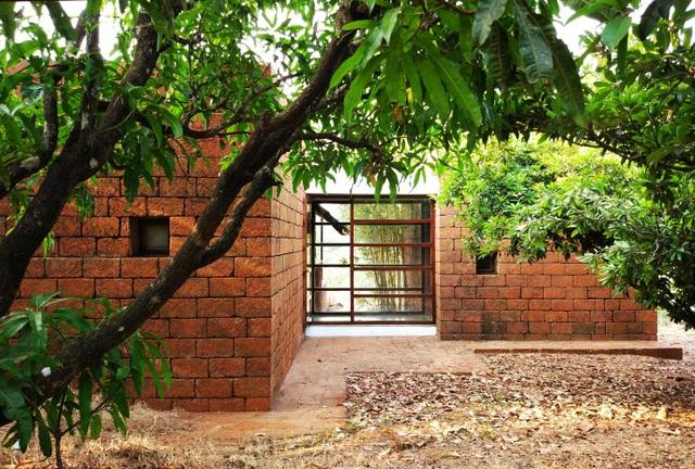 Cặp vợ chồng 60 tuổi chi 300 triệu đồng làm nhà vườn để tận hưởng tuổi già - 3