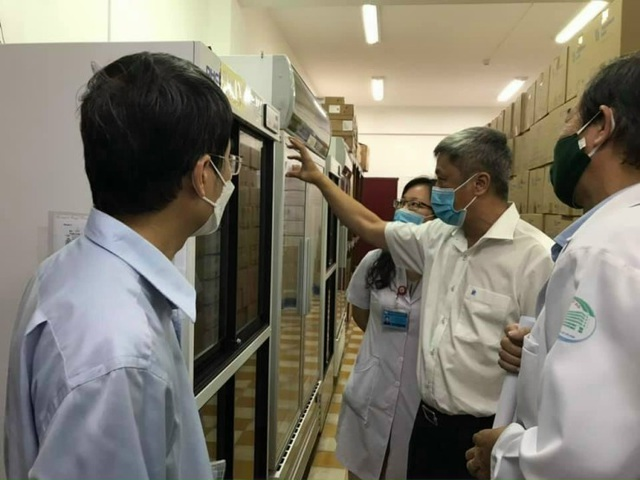 Hải Dương, Hà Nội, TPHCM lần lượt tiêm những mũi vắc xin Covid-19 đầu tiên - 1