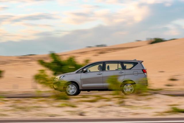 Đánh giá Toyota Innova: Thay đổi để phục vụ người dùng tốt hơn - 2