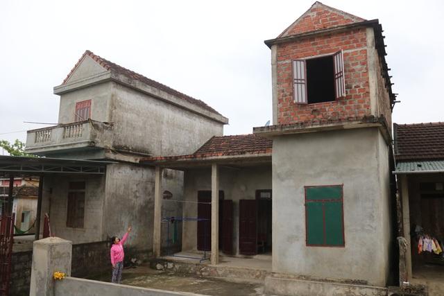 Cụ bà Quảng Bình nhanh chân chạy lũ: Có nhà ni gia đình tui thoát chết - 5