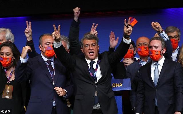 Joan Laporta chính thức làm Chủ tịch Barcelona, ưu tiên giữ chân Messi - 2
