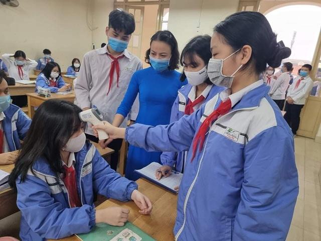 Liên quan đến ca nhiễm Covid-19, hàng nghìn học sinh Hải Phòng tạm nghỉ học - 1