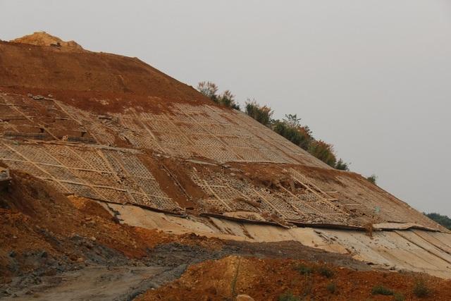 Điểm danh những dự án tiền tỷ cứ xây lại sập ở Đắk Nông - 1