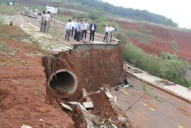 Điểm danh những dự án tiền tỷ cứ xây lại sập ở Đắk Nông - 3