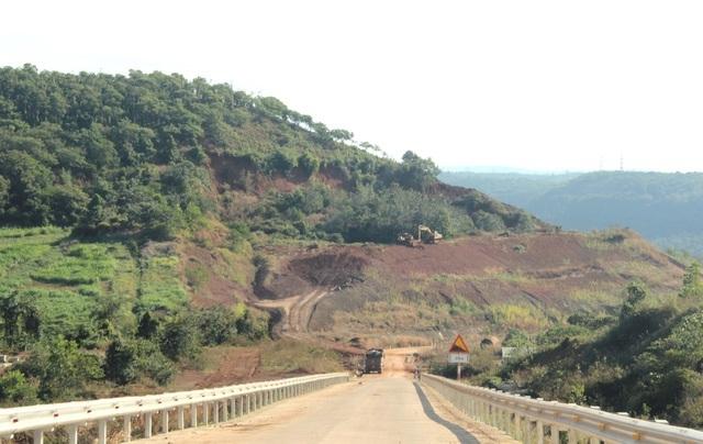 Điểm danh những dự án tiền tỷ cứ xây lại sập ở Đắk Nông - 5