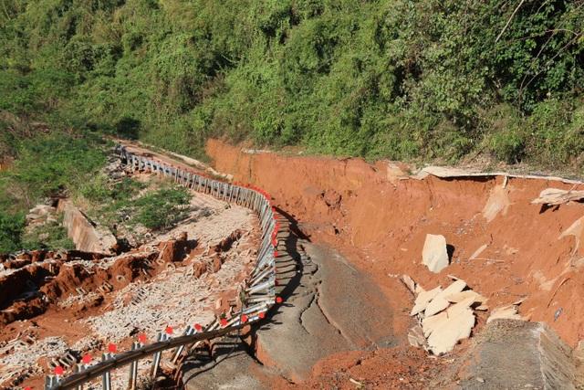 Điểm danh những dự án tiền tỷ cứ xây lại sập ở Đắk Nông - 6