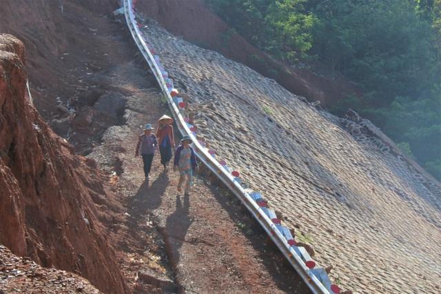 Điểm danh những dự án tiền tỷ cứ xây lại sập ở Đắk Nông - 7