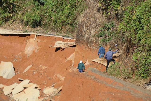 Thuê chuyên gia tìm nguyên nhân con đường gần 27 tỷ bất ngờ biến mất - 1