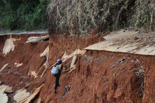 Thuê chuyên gia tìm nguyên nhân con đường gần 27 tỷ bất ngờ biến mất - 4