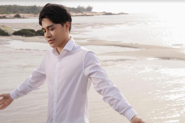 Giọng ca phi giới tính Trần Tùng Anh ra MV đầu tay về mẹ - 1