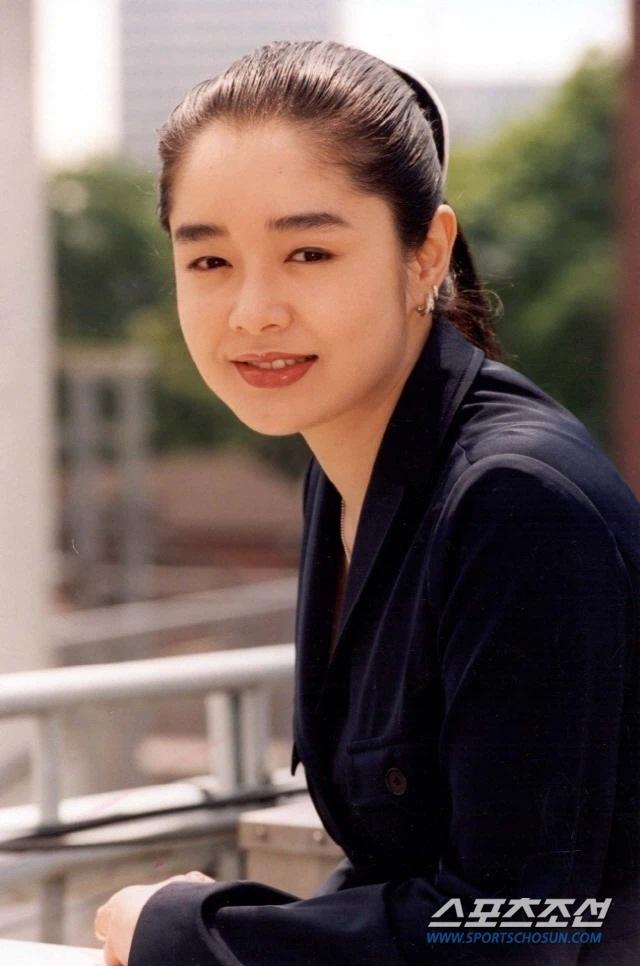 Cuộc đời ngắn ngủi và cô độc của mỹ nhân xứ Hàn vừa qua đời - 1