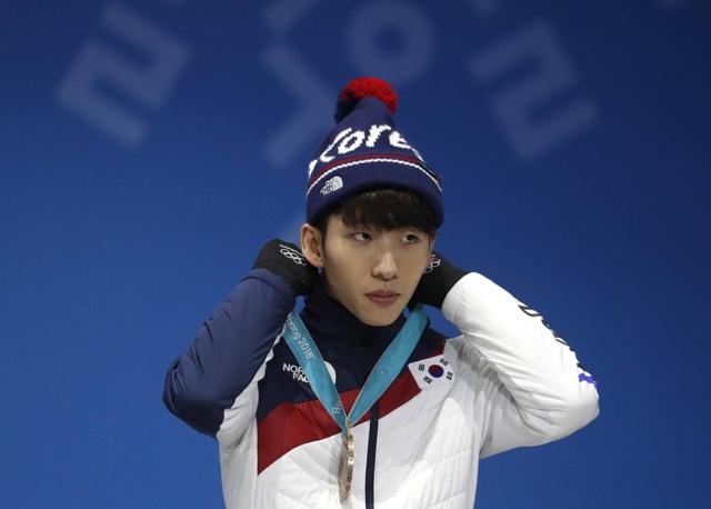 Nhà vô địch Olympic đầy tai tiếng của Hàn Quốc nhập tịch... Trung Quốc - 2