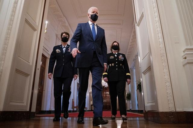 Ông Biden quên tên bộ trưởng quốc phòng - 2