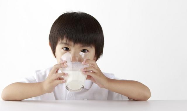 Đi tìm nguồn dinh dưỡng cho con phát triển toàn diện - 1