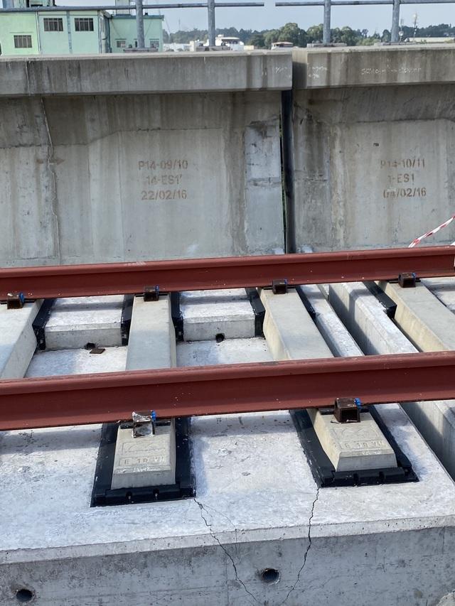 Phát hiện thêm 4 gối cao su dầm cầu metro số 1 bị xê dịch - 2
