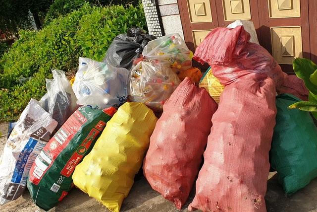 Thiết thực chương trình Đổi rác thải nhựa lấy gạo của tuổi trẻ Bạc Liêu - 5