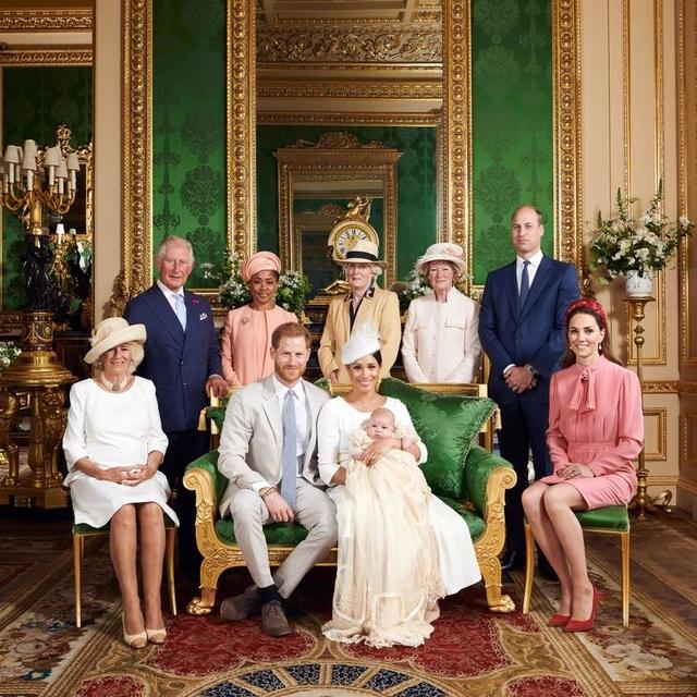 Hai năm khó khăn trong hoàng gia Anh của cựu diễn viên Mỹ Meghan Markle - 11