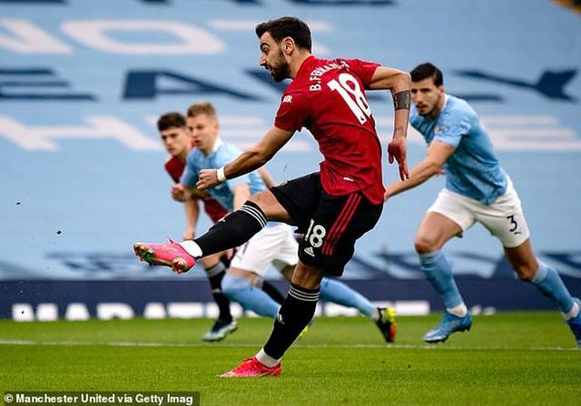 Man Utd lo ngay ngáy vì nguy cơ bị cướp mất Bruno Fernandes - 2