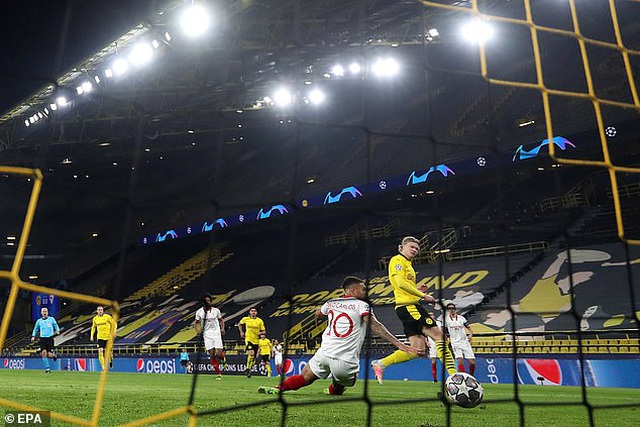Ghi 4 bàn vào lưới Sevilla, Haaland lập kỷ lục khó tin ở Champions League - 1