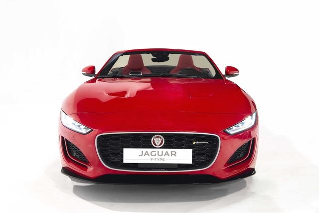 Jaguar F-TYPE mới về Việt Nam có giá lên đến 15,29 tỷ đồng - 4