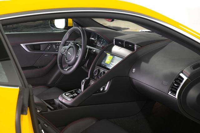 Jaguar F-TYPE mới về Việt Nam có giá lên đến 15,29 tỷ đồng - 27