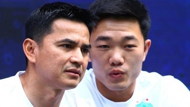 Báo Thái Lan lo lắng khi Kiatisuk mở ra hướng đi mới cho bóng đá Việt Nam - 1