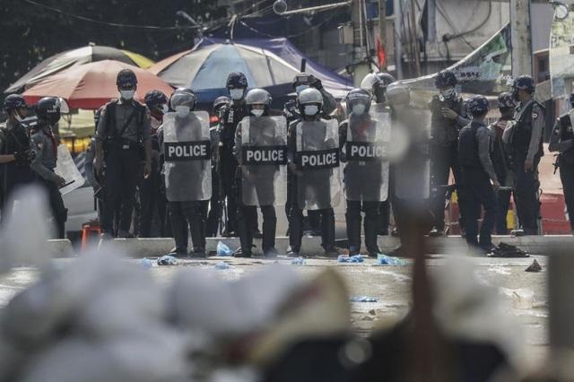 Quân đội Myanmar chi 2 triệu USD để vận động hành lang phương Tây - 1