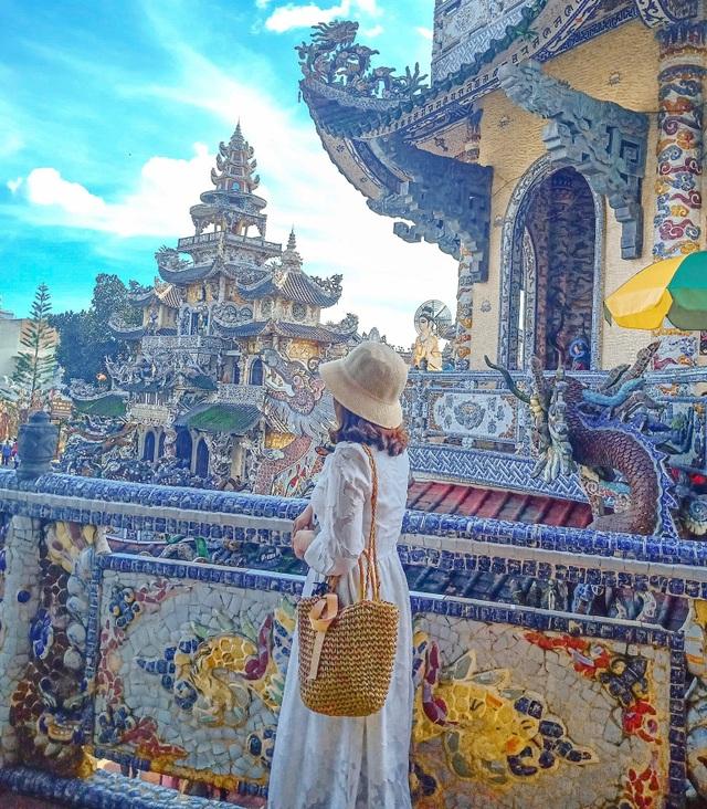 Ngôi chùa ve chai độc nhất vô nhị, nắm giữ nhiều kỷ lục nhất Việt Nam - 2