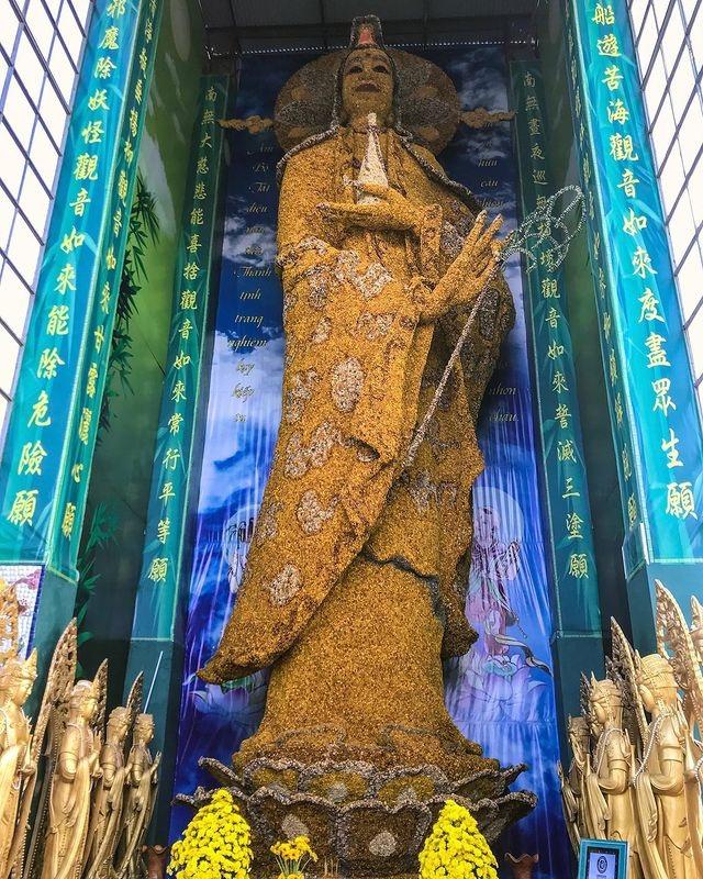 Ngôi chùa ve chai độc nhất vô nhị, nắm giữ nhiều kỷ lục nhất Việt Nam - 5