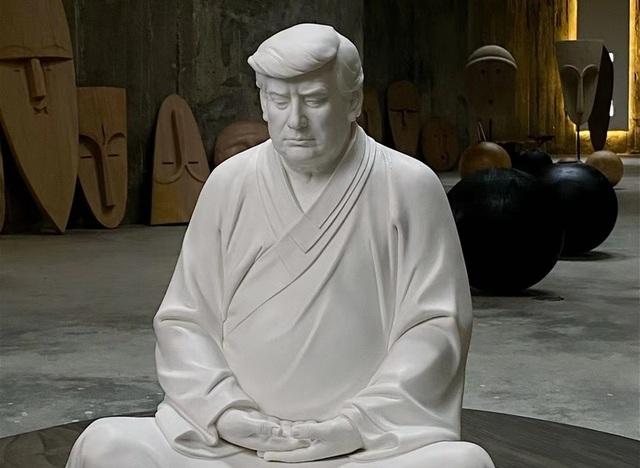 Tượng Trump ngồi thiền gây sốt ở Trung Quốc - 1