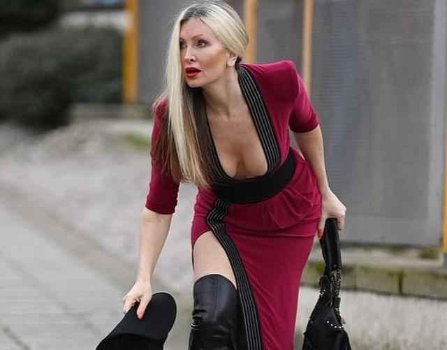 Ngưỡng mộ vẻ trẻ trung của người mẫu 50 tuổi Caprice Bourret - 3