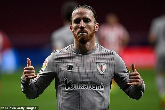 Luis Suarez ghi bàn, Atletico bứt phá trước Barcelona và Real Madrid - 4