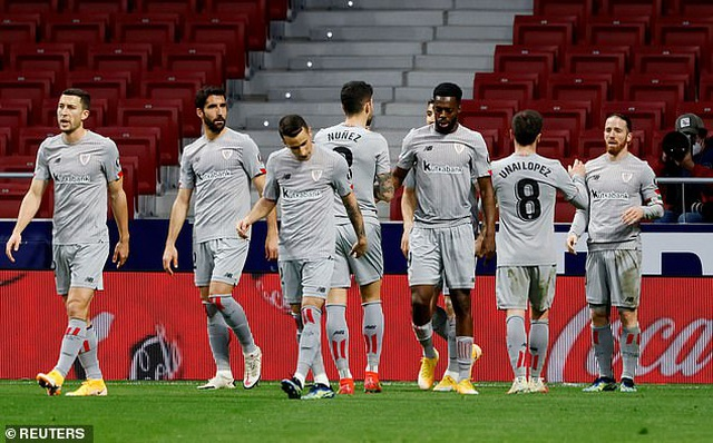 Luis Suarez ghi bàn, Atletico bứt phá trước Barcelona và Real Madrid - 5
