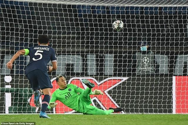 PSG 1-1 Barcelona: Messi ghi bàn và đá hỏng phạt đền - 12