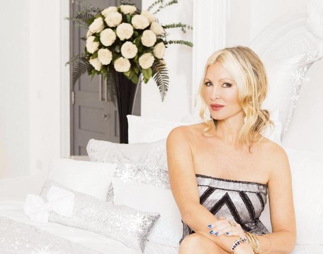 Ngưỡng mộ vẻ trẻ trung của người mẫu 50 tuổi Caprice Bourret - 7