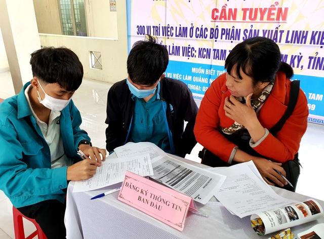 Năm 2021, tỉnh Quảng Nam phấn đấu tỷ lệ lao động qua đào tạo đạt 67% - 1