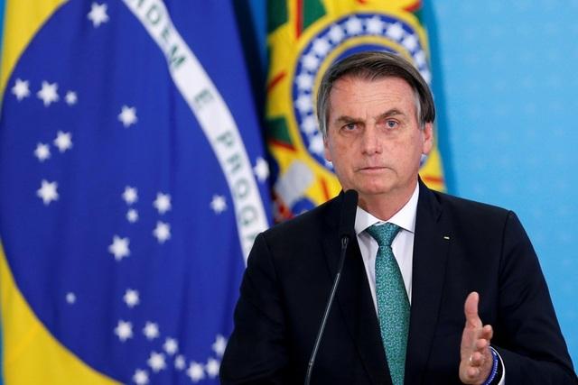 Y tế Brazil trên bờ vực sụp đổ vì bão Covid-19 - 2