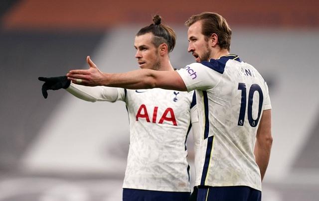 HLV Mourinho chỉ ra điểm yếu lớn nhất của Gareth Bale - 2