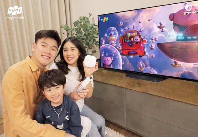 Gia đình Xoài: Chủ động bảo vệ con trên các kênh giải trí trực tuyến - 1